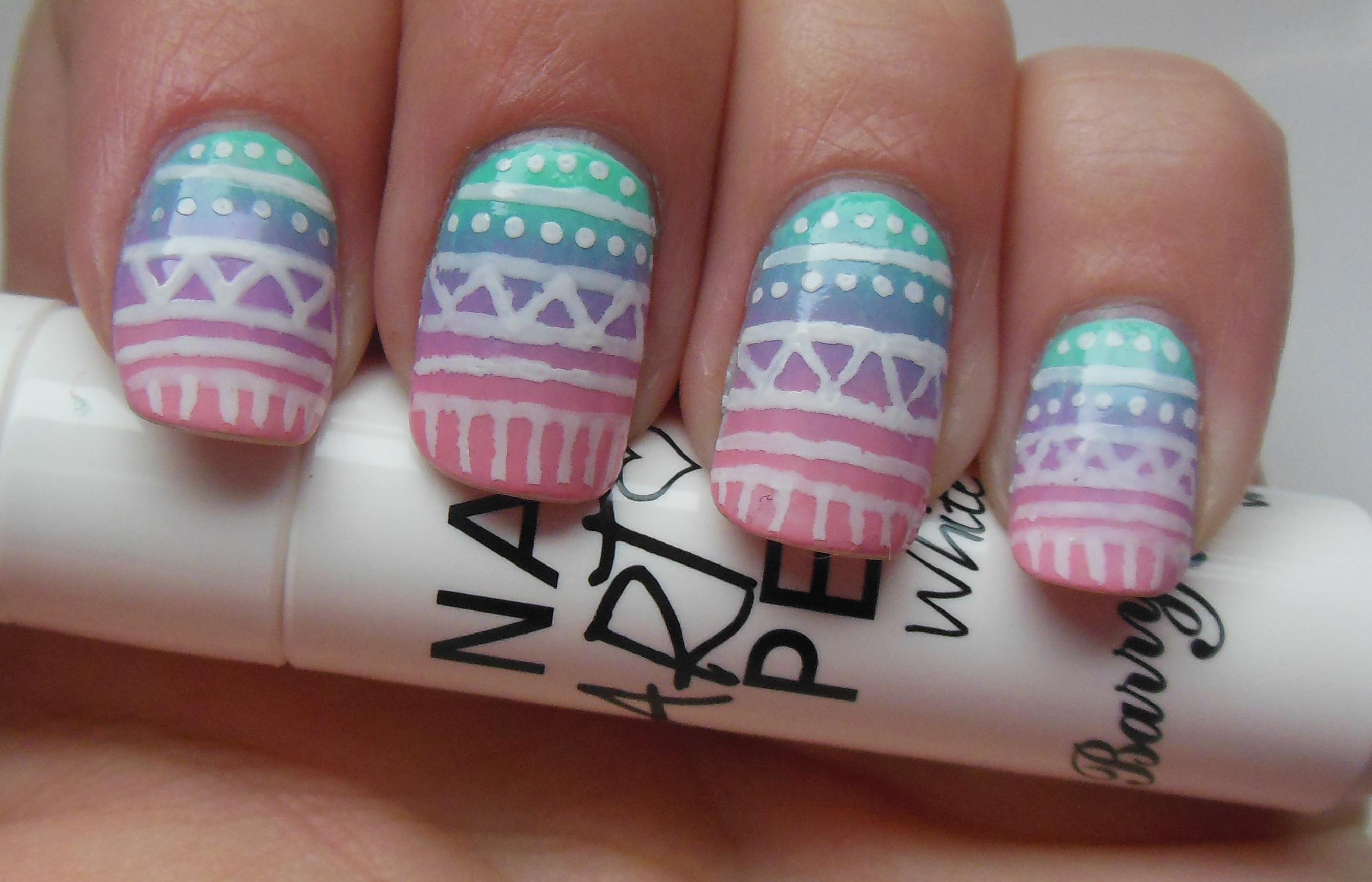 Gradient Nail Art A Sparkling Finish