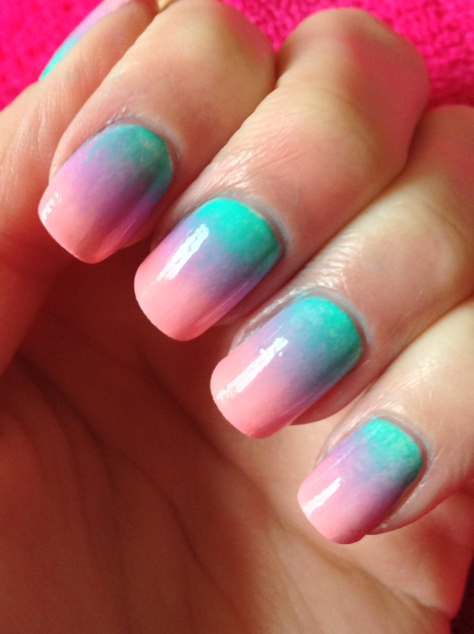 Gradient Nail Art | A Sparkling Finish